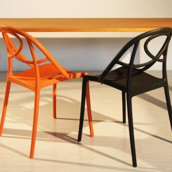 Stoly, židle a křesla na míru - 1