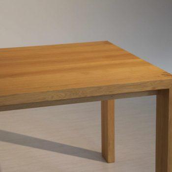 Stoly, židle a křesla na míru - 5