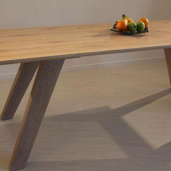 Stoly, židle a křesla na míru - 6